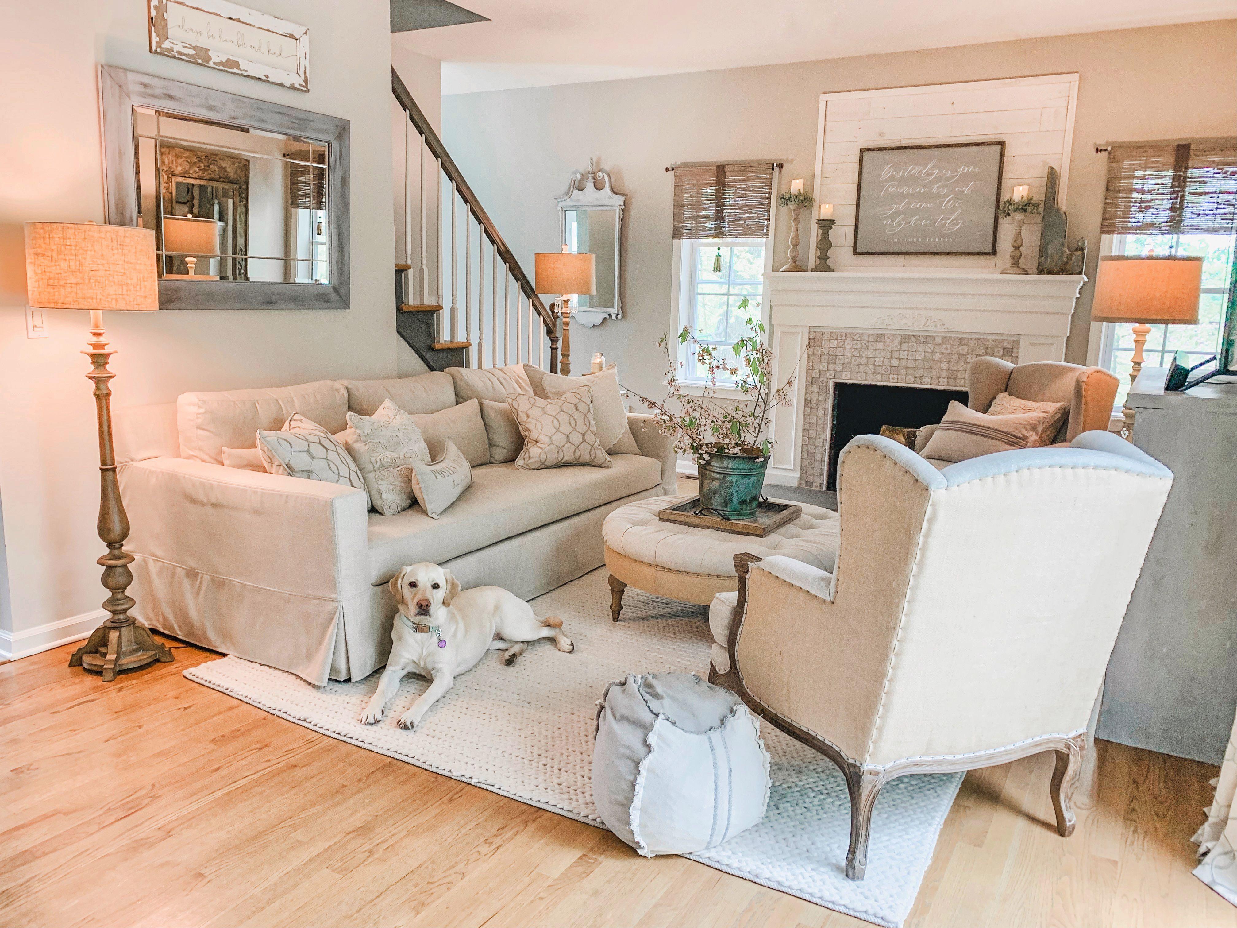 Neutral French Farmhouse family room. | Farm house living ...