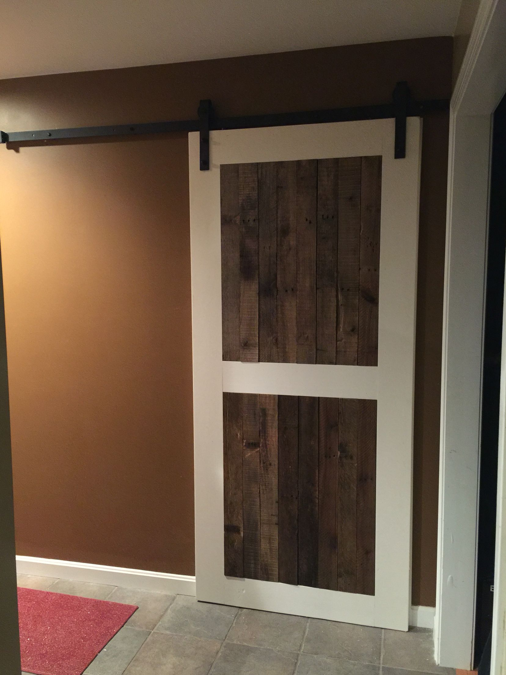 3 4 Oak Plywood Backing 1x6 Frame With Antique White Paint Pallet