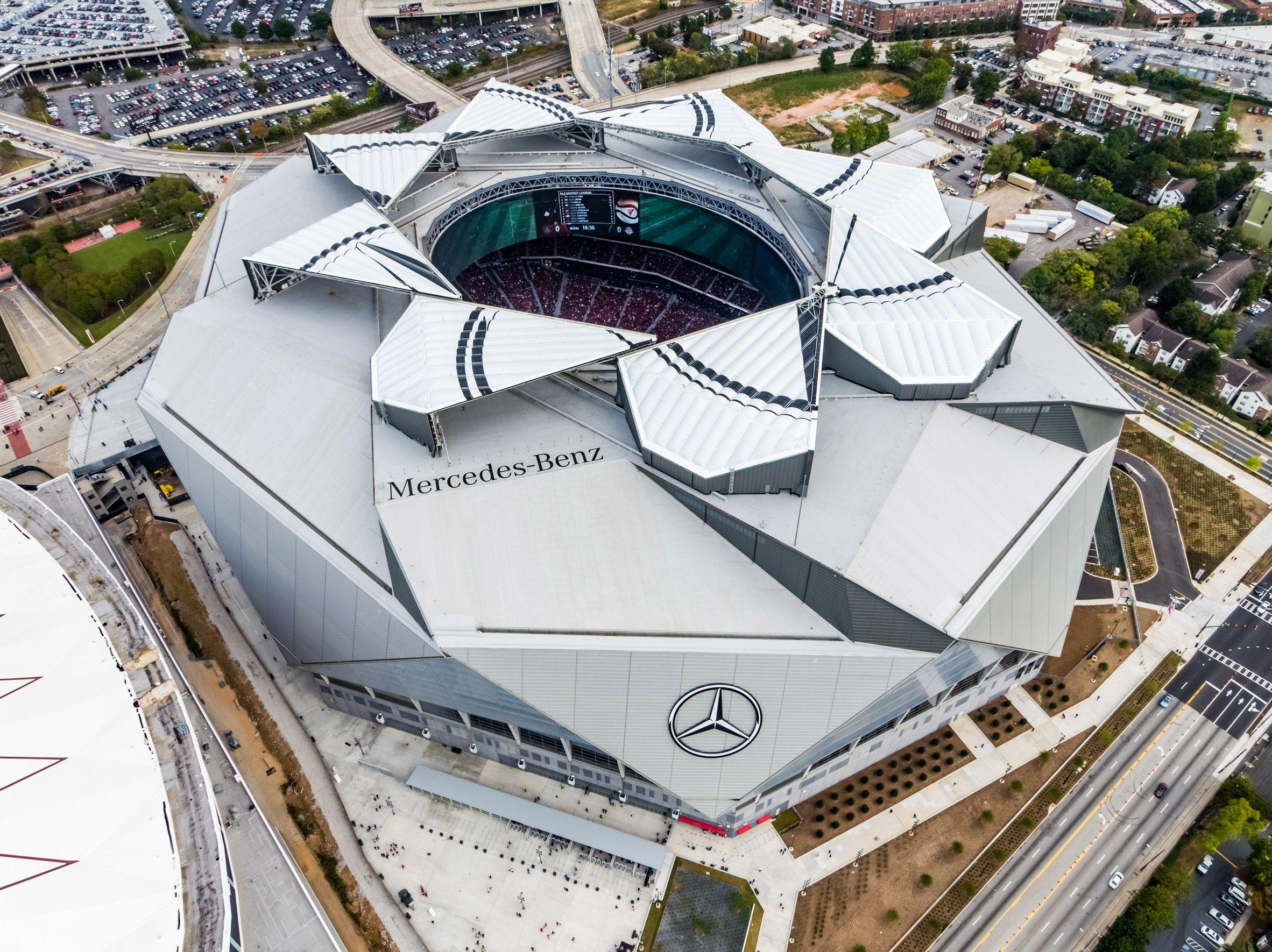 Atlanta Stadium By Hok Hosts Nfl Games Under Retractable Petals Stadium Architecture Football Stadiums Nfl Stadiums