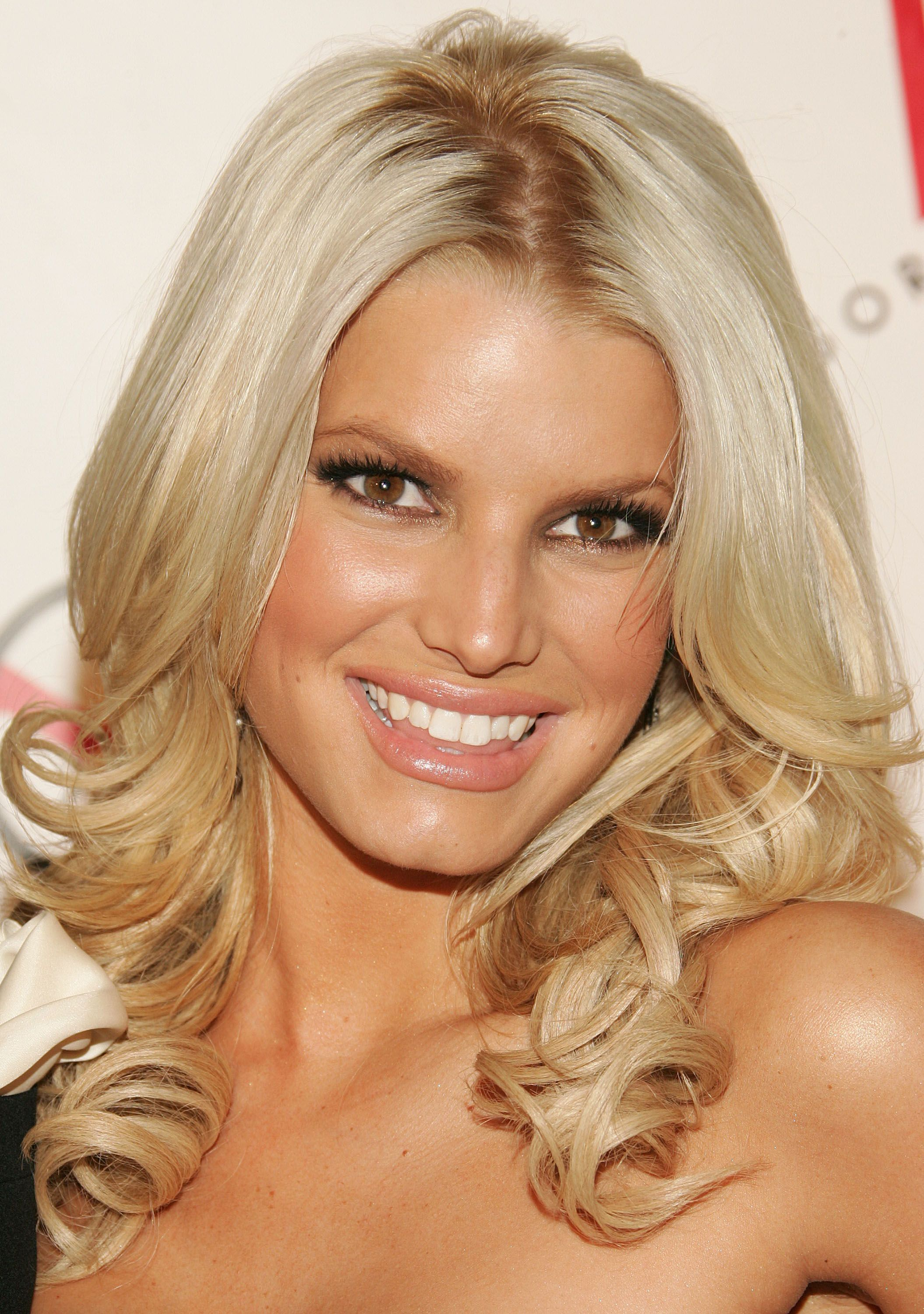 jessica simpson hair and makeup in really impressed with