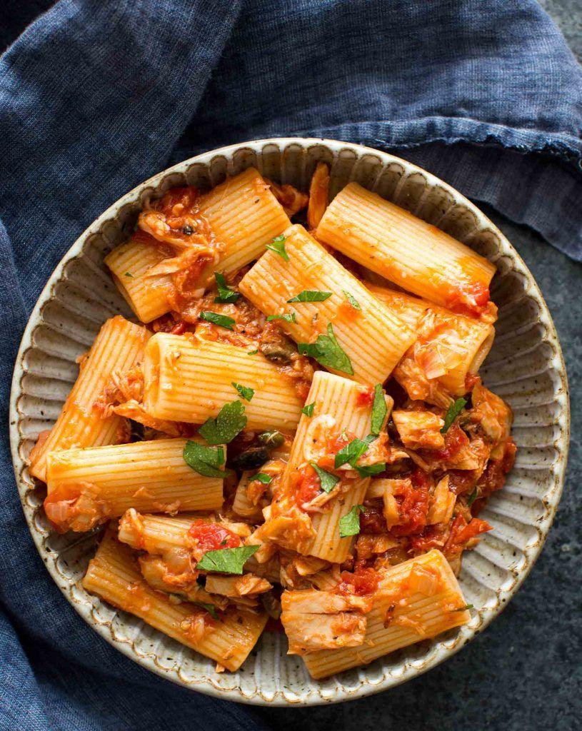 Tuna Pasta With Tomato And Olives Recipe Olive Recipes Tuna Pasta Pasta