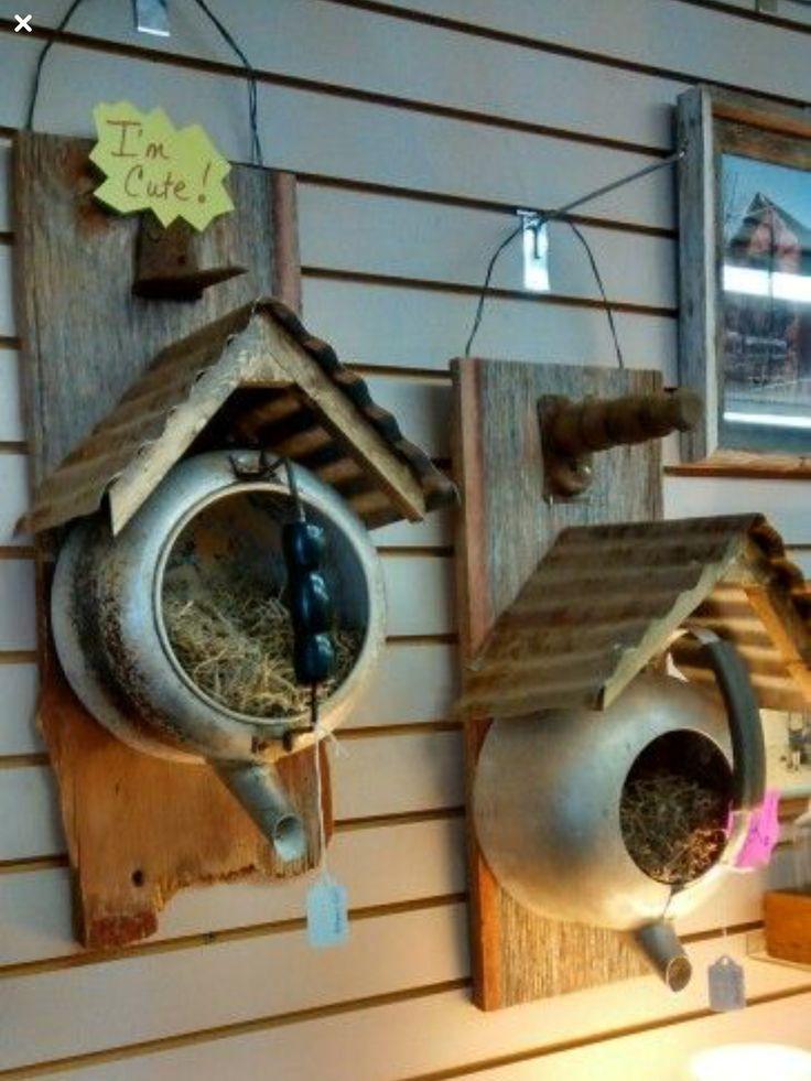 Alte Teekanne zum Vogelhaus #teapots