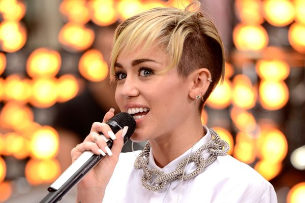 Miley Cyrus Announces That She's Going on Tour! Want to See Her Live?