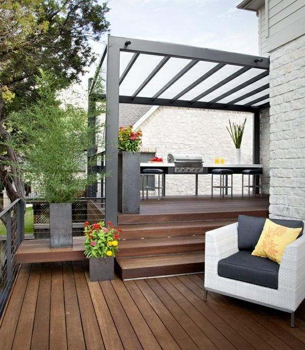 dachterrasse gestalten sonnenschutz grill holz. Black Bedroom Furniture Sets. Home Design Ideas