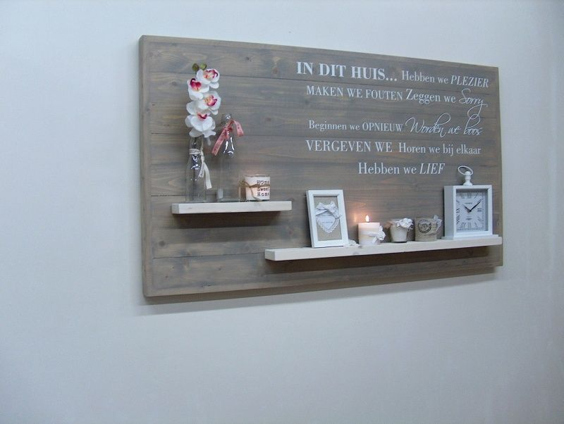 Houten Wanddecoratie Bord.Wanddecoratiebord Grijs Met Muursticker In Dit Huis