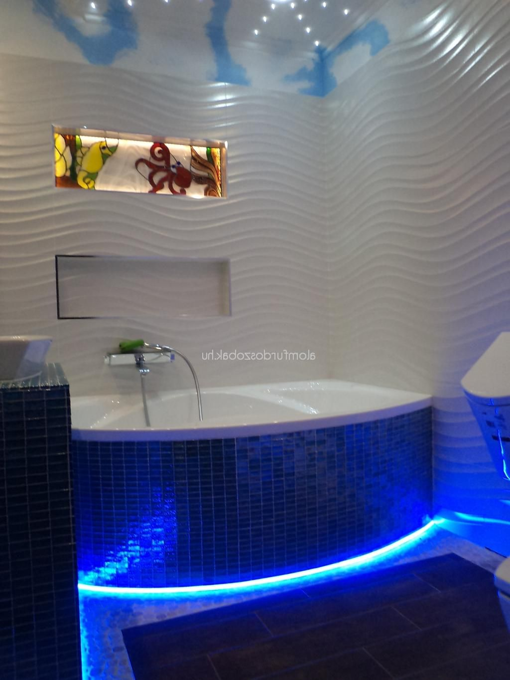 Amazing Bathroom Decoration Ideas With Blue Led Lighting Under ...