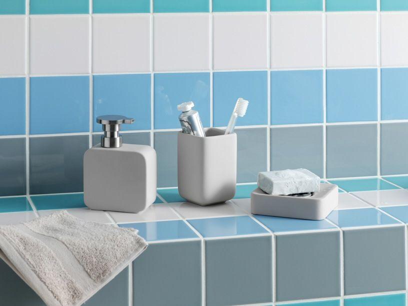 Brody Bathroom Accessories With Habitat Tiles