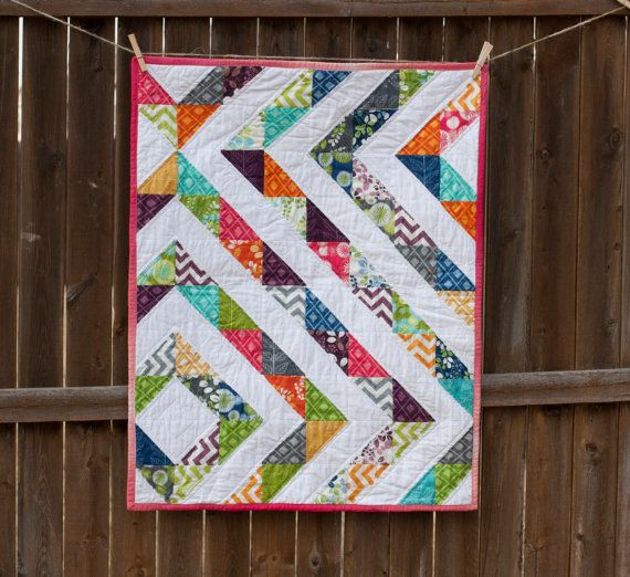 Best 25+ Modern baby quilts ideas on Pinterest Baby quilt patterns, Polka dot quilts and Crib ...