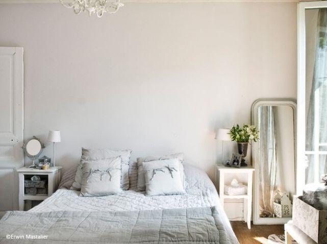 Chambre #romantique bleu gris #cocoon http://www.maison-deco.com ...