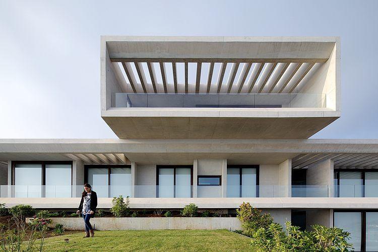 Mo House by Gonzalo Mardones Arquitecto