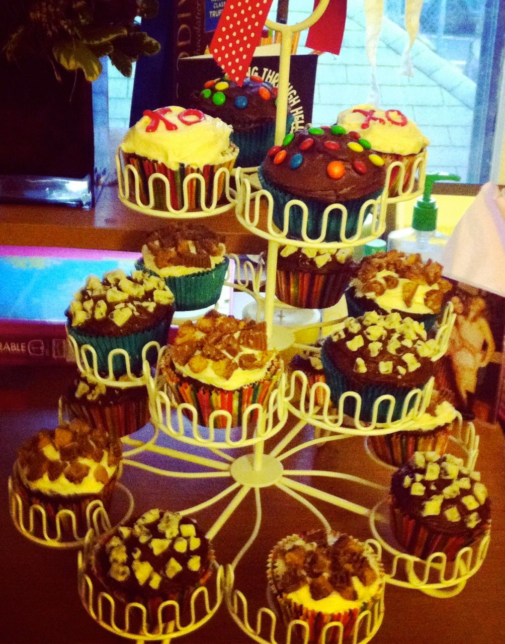 Caseys candy cupcakes candy cupcake cupcakes cake