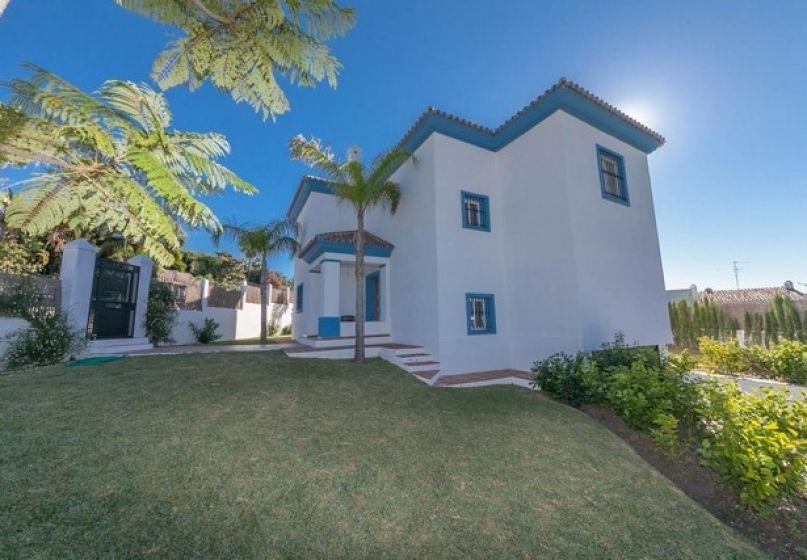 Villa 4 bed Nueva Andalucía Marbella Ref MMM4798M