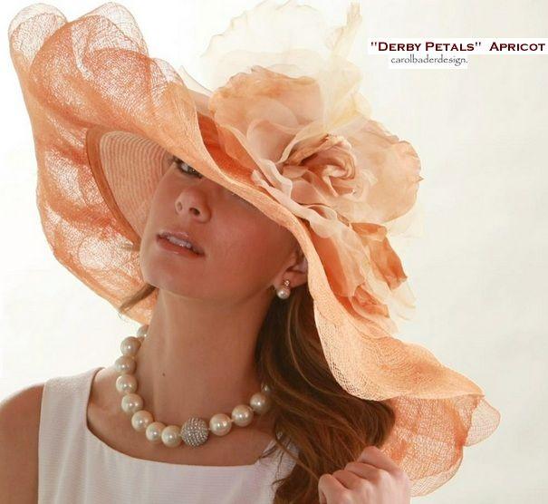 Carol Bader Derby Petals Derby Hat Pinned For Inspiration Love This Hat Hoede Kopfschmuck Kopfbedeckung Schmuck