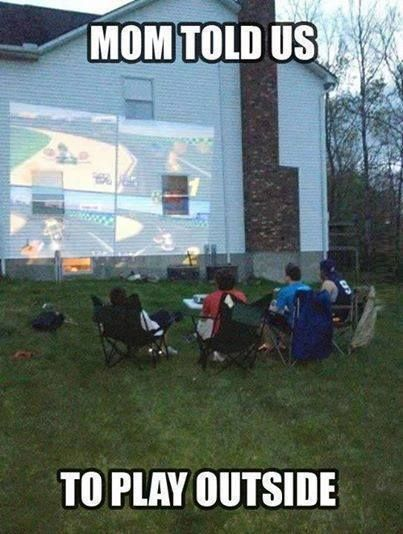 Video Game Addiction:i could have so seen my brothers doing this!