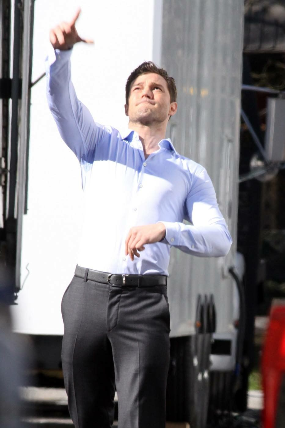 Jamie Dornan enjoying a game of football on the set of Fifty Shades Darker and Freed http://everythingjamiedornan.com/gallery/thumbnails.php?album=186