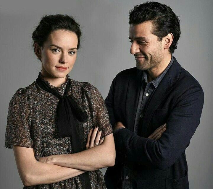 Can Poe and Rey be a canon thing? Please? Even if it's a handful of scenes together