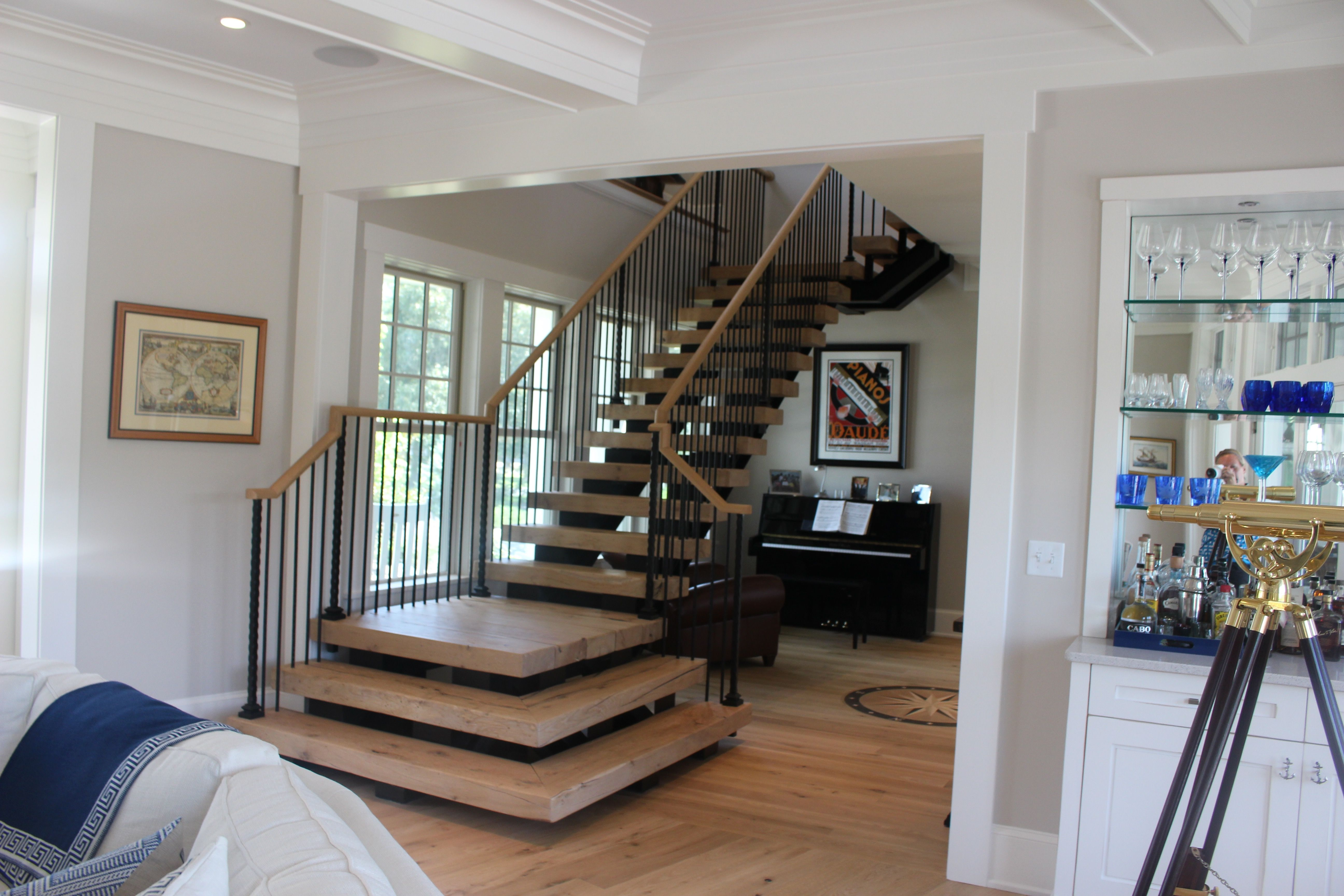 Best Live Sawn White Oak Stair Treads And Flooring Available At 400 x 300