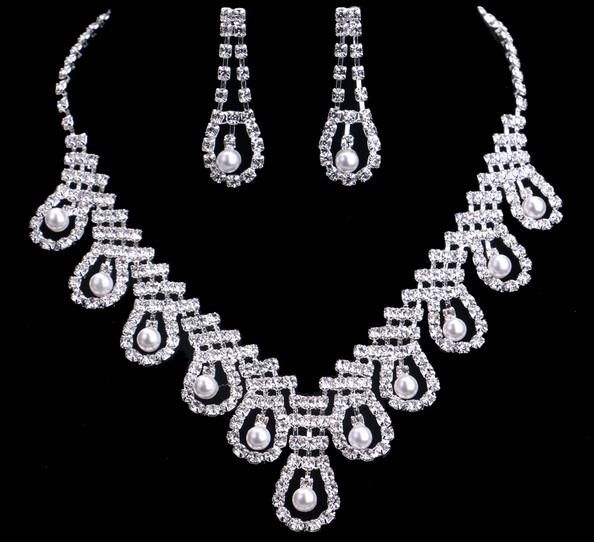 Sexy Bridal Jewelry Set Enviromental Friendly Alloy Rhinestone Pearl Necklace Earrings Sets Bridal Jewelry Sets Wedding Bridal Accessories Celtic Wedding Jewelry Champagne Bridal Jewelry From Janet521, $4.41| Dhgate.Com