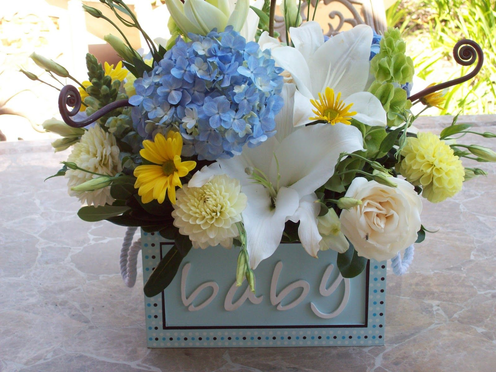 Baby shower flowers arrangements the flowers i picked up these baby shower centerpieces reviewsmspy