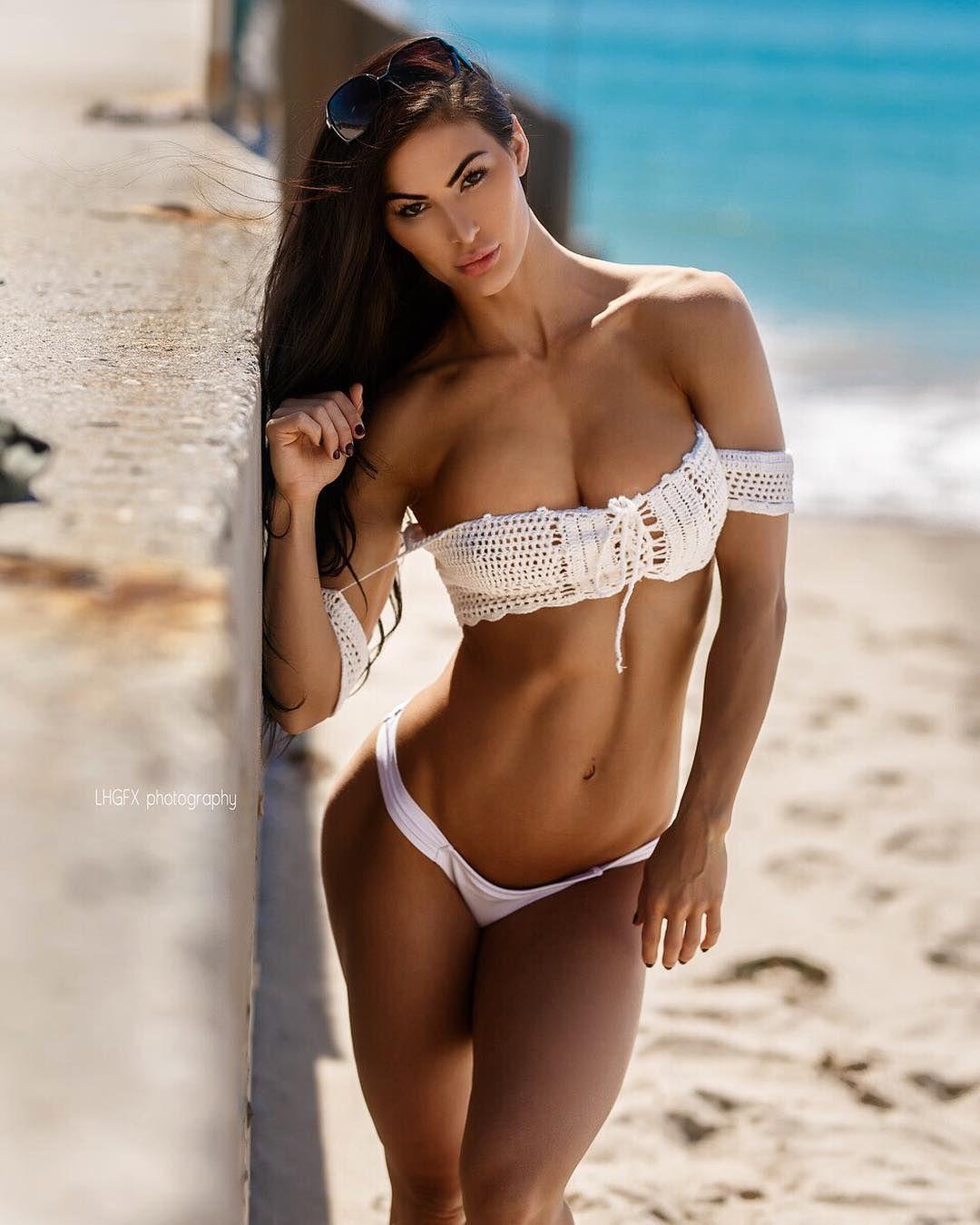 Model Hooker Las Heras
