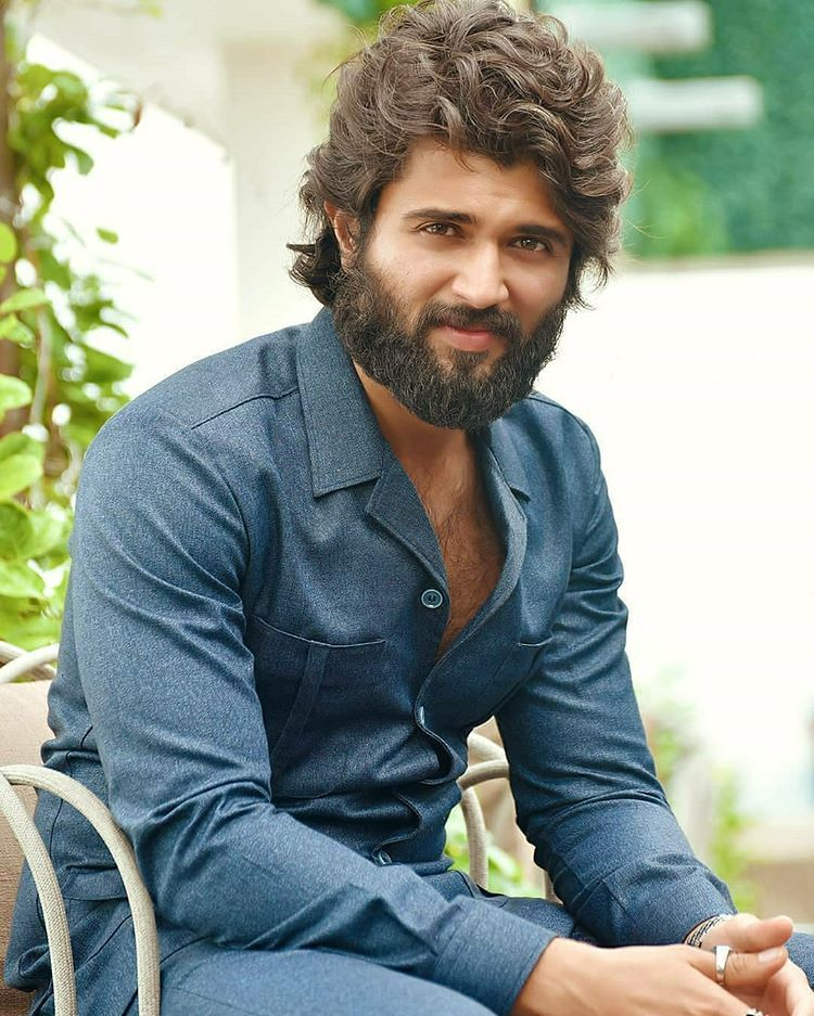 Vijay Deverakonda Army On Instagram Vijay Devarakonda Long Hair Styles Latest Pics