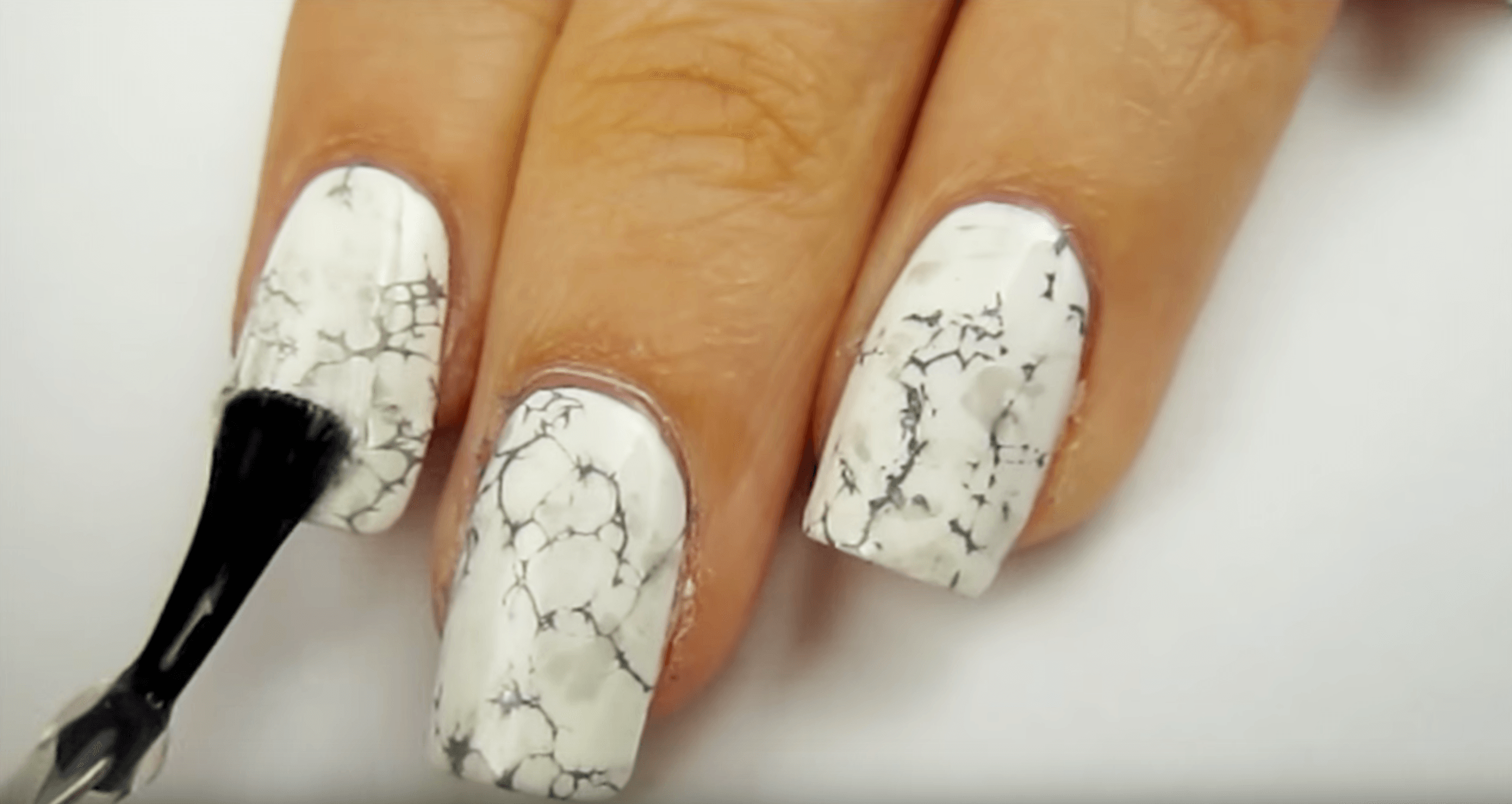 Video: DIY Water Marble Nails | Marble nails tutorial, Water marble ...