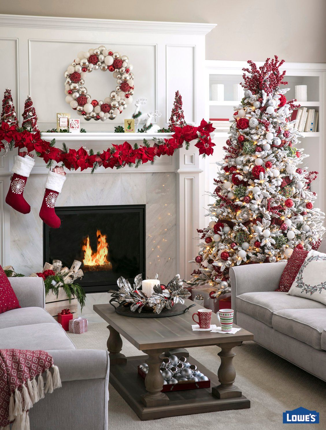 Holiday Ideas For Living Rooms Christmas Decorations Apartment Christmas Apartment White Christmas Decor