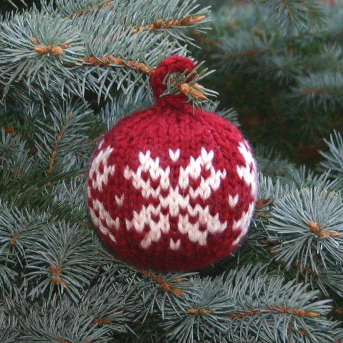 Free Knitting Pattern For Two Strands Christmas Ball Diy Knitting