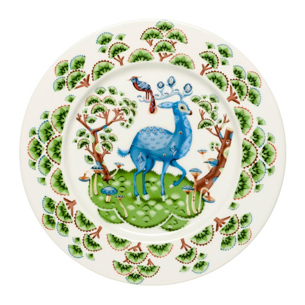 Satumetsä Plate 22 cm, Green, Iittala #iittala #finnishdesign #royaldesign #summer #summerfeeling