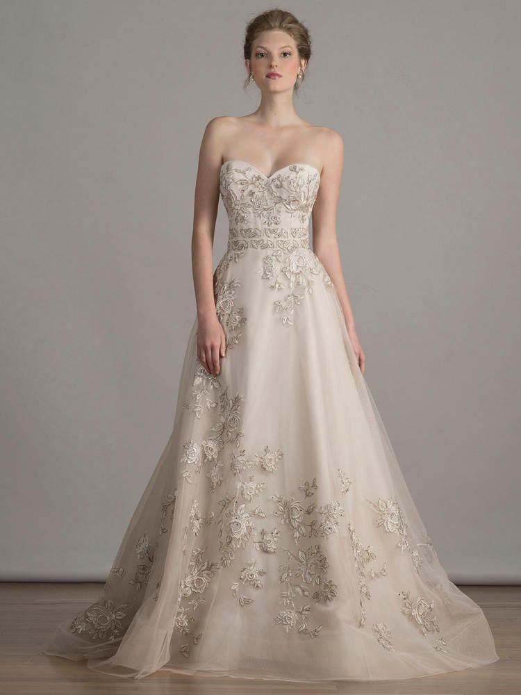The 2021 Wedding Dress Trends You Should Know About Wedding Dresses Stunning Wedding Dresses Bridal Dresses