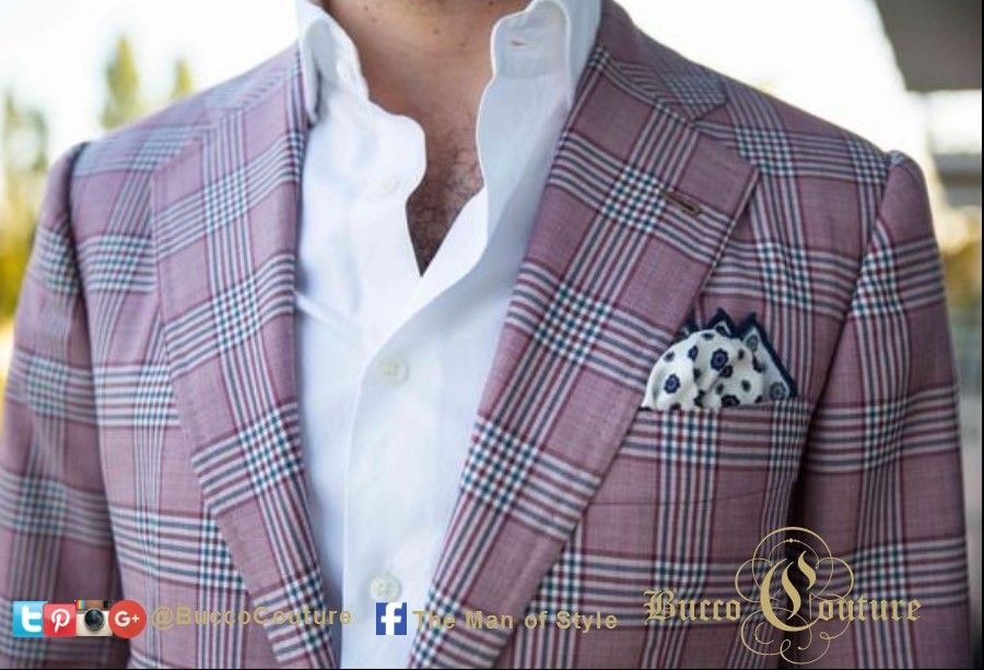 #WouldYouWearWednesdays Love the jacket but what do you think about the pocket square????  CLICK here to Like us @themanofstyle Click here to  more from The Man of Style www.themanofstyle.net