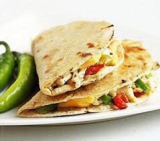 Quesadillas au poulet et pesto (de Aliments Fontaine Santé)