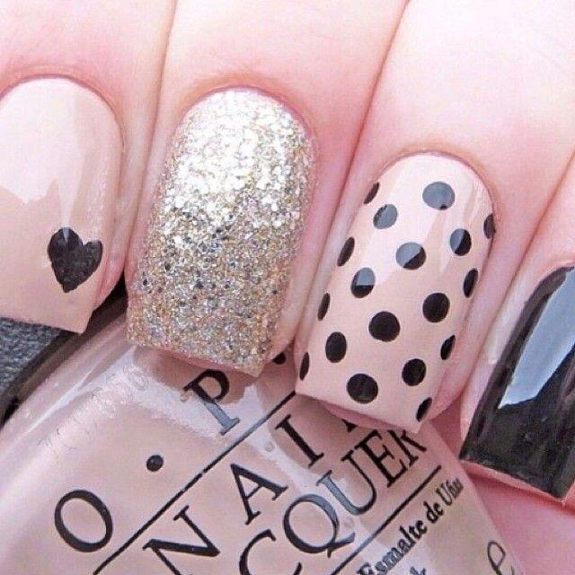 Apenas um detalhe <3 #unhas #esmalte #nailart #manicure #beleza