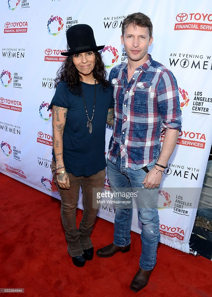 Singer-songwriters James Blunt (R) and Linda Perry attend An Evening with Women benefiting the Los Angeles LGBT Center at the Hollywood Palladium on May 21, 2016 in Los Angeles, California. #AEWW #LGBT