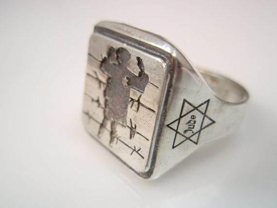 Ezi Zino Designer Jewelry Solid Sterling Silver 925 Image of the Jewish Child in the Warsaw Ghetto Ring 9.5