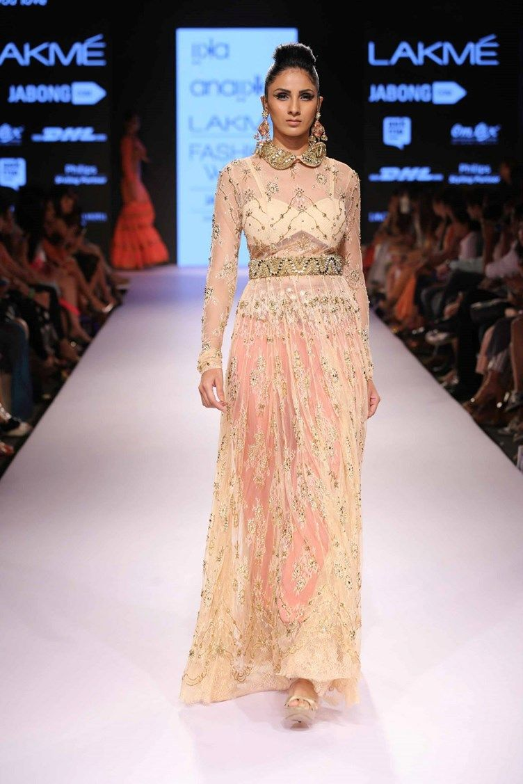 Iika by Anaiika showcased all pastel designs with gold accents. Silver was used at Lakme this year as well, but gold was overwhelming popular for beading and embroidery. Many bridal outfits, especially for the reception, feature gold or silver beading for emphasis. With the warmer months approaching, I predict brides will follow this trend and opt for the brightness of gold jewelry and statement pieces over silver.