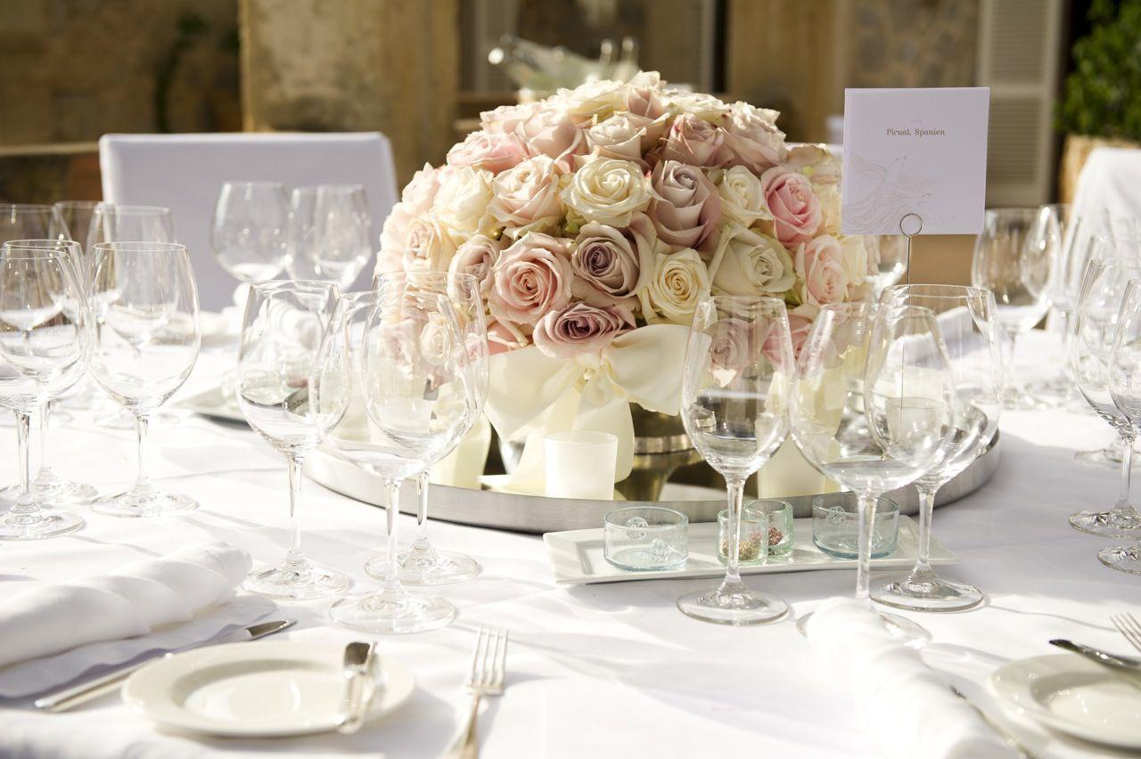 Tischdekoration hochzeit wedding pinterest - Hussen fur stuhle ...