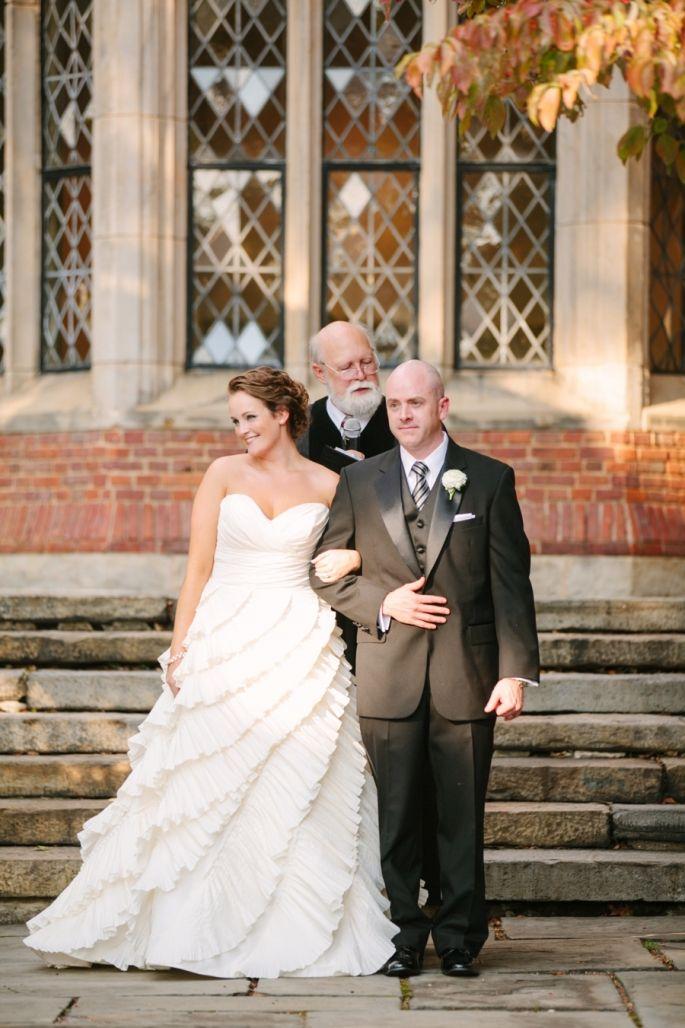 Like This Dress Stephanie Kevin Green White Richmond Wedding