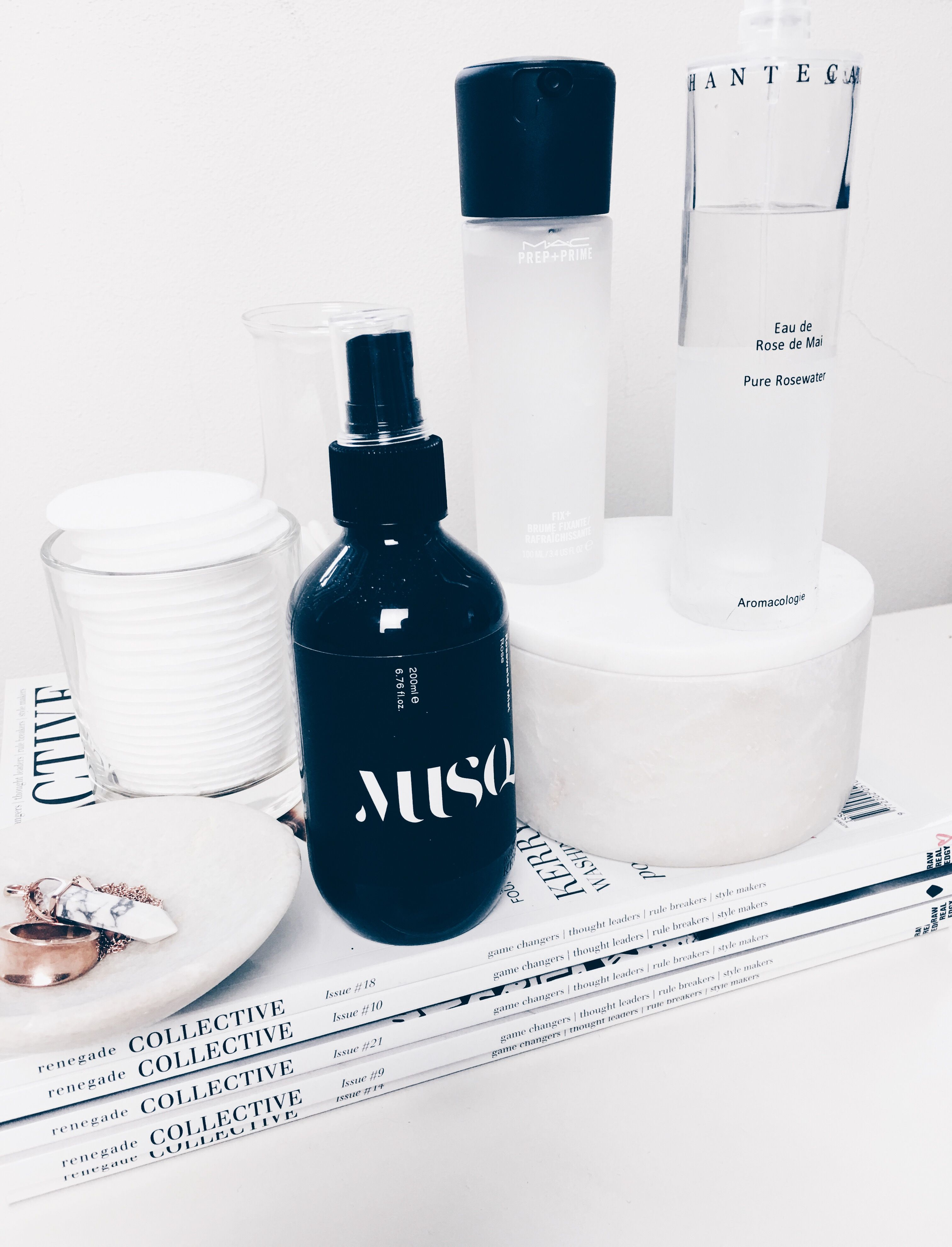 Top Ways to Use a Facial Mist | The Daily Mark