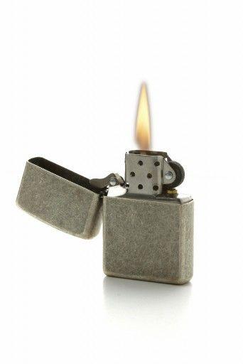"""Résultat de recherche d'images pour """"briquet zippo allumé"""""""