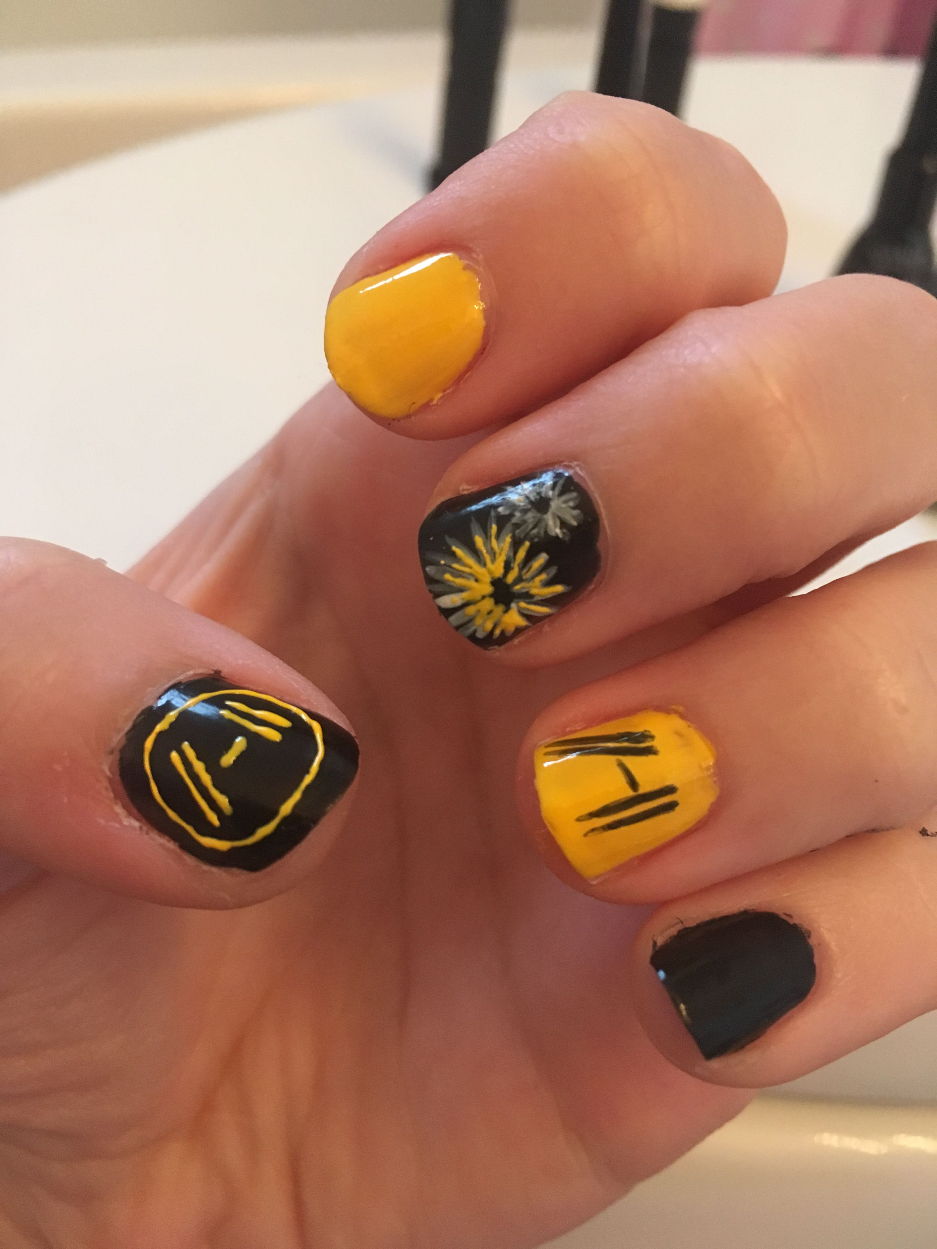 Pin By Katie Walker On Acrylic Nails Band Nails Twenty One Pilots Art Manicure