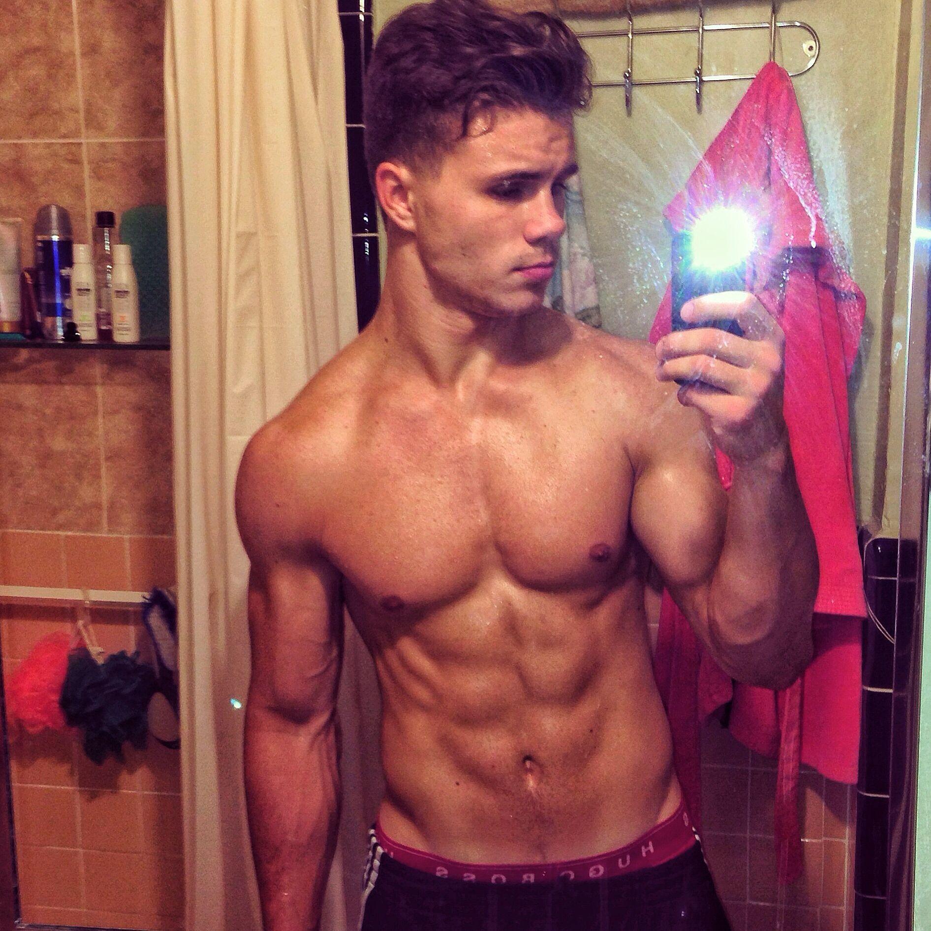 #Man #selfie #mirror #body #muscles #male | In the mirror  #Man #selfie #m...