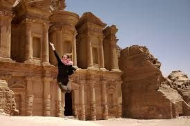 Aventuras de tour a Petra Jordania, un viaje a petra Maravilloso #petra_tour #viaje_jordania_Petra  http://www.maestroegypttours.com/sp/paquetes-de-viajes-egipto/Paquetes-de-viajes-Egipto-y-Jordania/Paquete-de-viajes-a-Egipto-y-Jordania