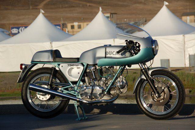 Desmopro Ducati 750 Ducati Cafe Racer