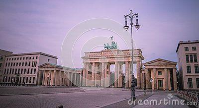 Cancello Di Brandeburgo, Berlino - Scarica tra oltre 56 milioni di Foto, Immagini e Vettoriali Stock ad Alta Qualità . Iscriviti GRATUITAMENTE oggi. Immagine: 88430572