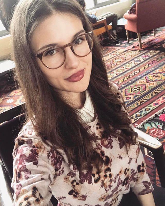 fee9ba73a04b  Mariam Tsilosani wears Finley Esq Eyewear