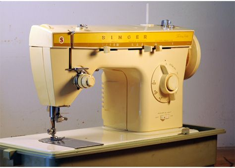 Singer 360 Fashion Mate Sewing Machine Mine Is Still My Workhorse Sewing Preference Since 1972 Leather Heavy Fle Sewing Machine Sewing Singer Sewing Machine
