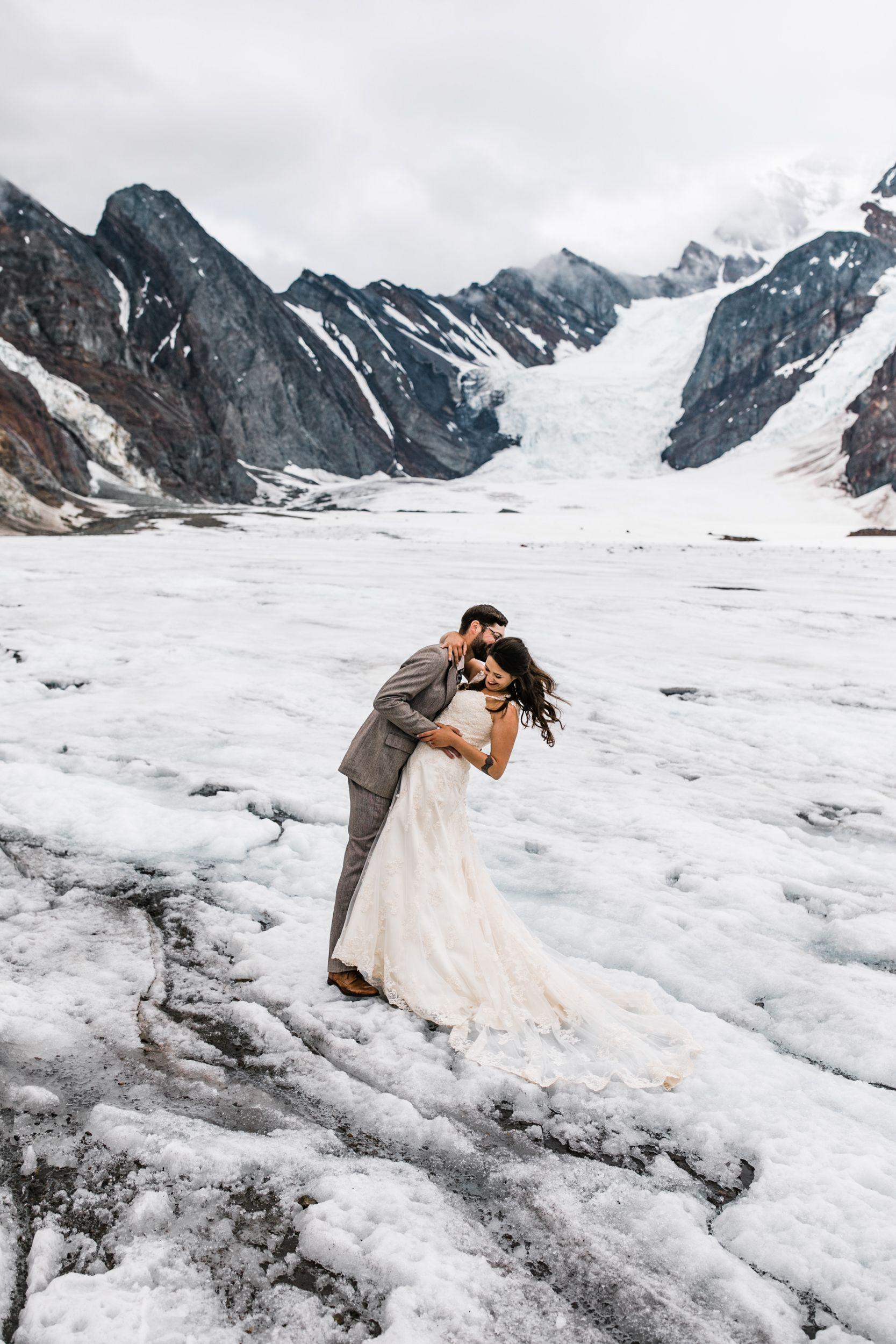 Helicopter Tour Wedding Photography In Denali National Park Alaska Destination Elopement Photographer Adventure Wedding Elopement Photographers In Moab Y Alaska Wedding Alaska Destinations Adventure Wedding [ 2500 x 1667 Pixel ]