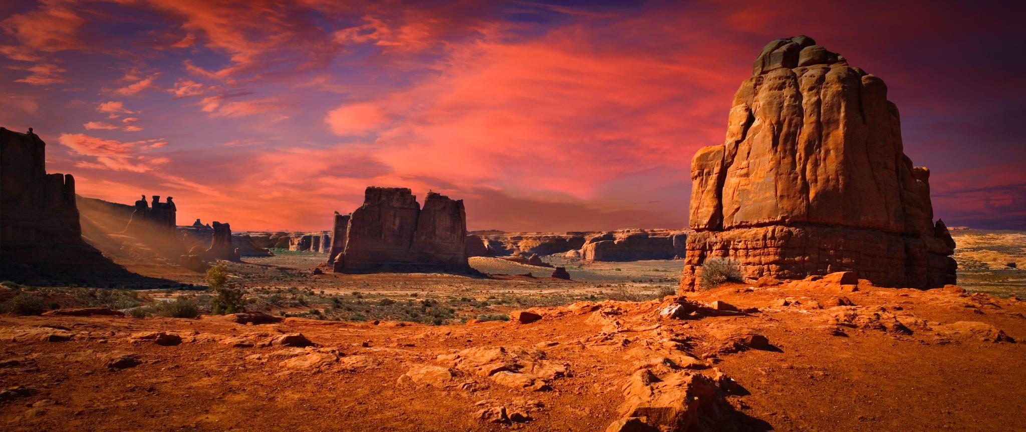 Arches National Monument by Richard Desmarais / 500px