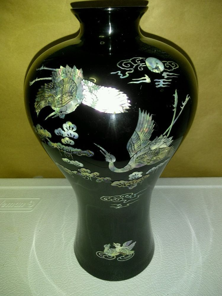 Vintage Black Lacquer Vase with Mother Of Pearl Inlay Made in Korea